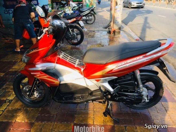 Honda Airblade Fi 2010 đời đầu 110cc bstp 1229